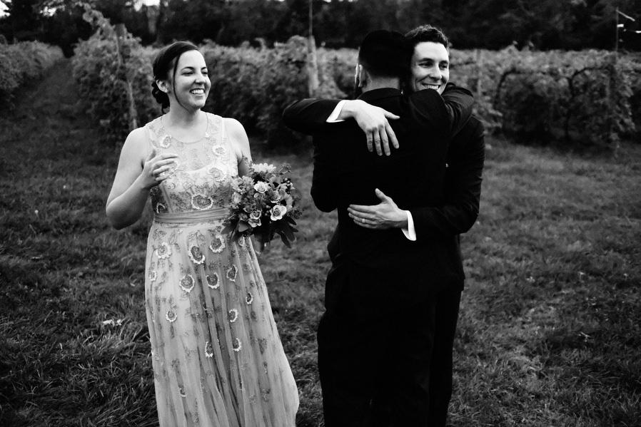 Shelburne-Vineyards-Vermont-Wedding-0017.jpg