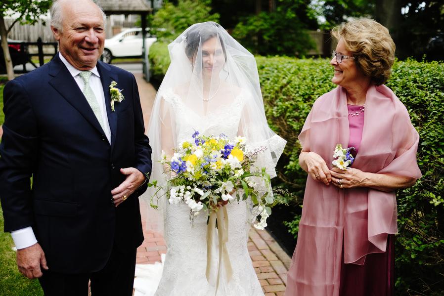 wenham-backyard-wedding-0017.jpg