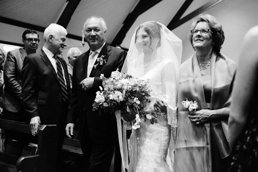 wenham-backyard-wedding-0020.jpg