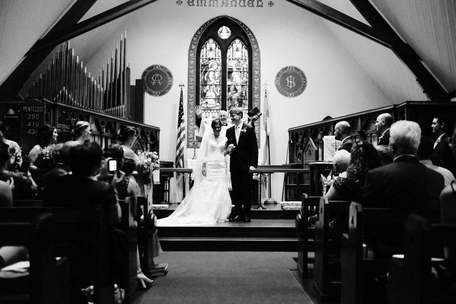 wenham-backyard-wedding-0022.jpg