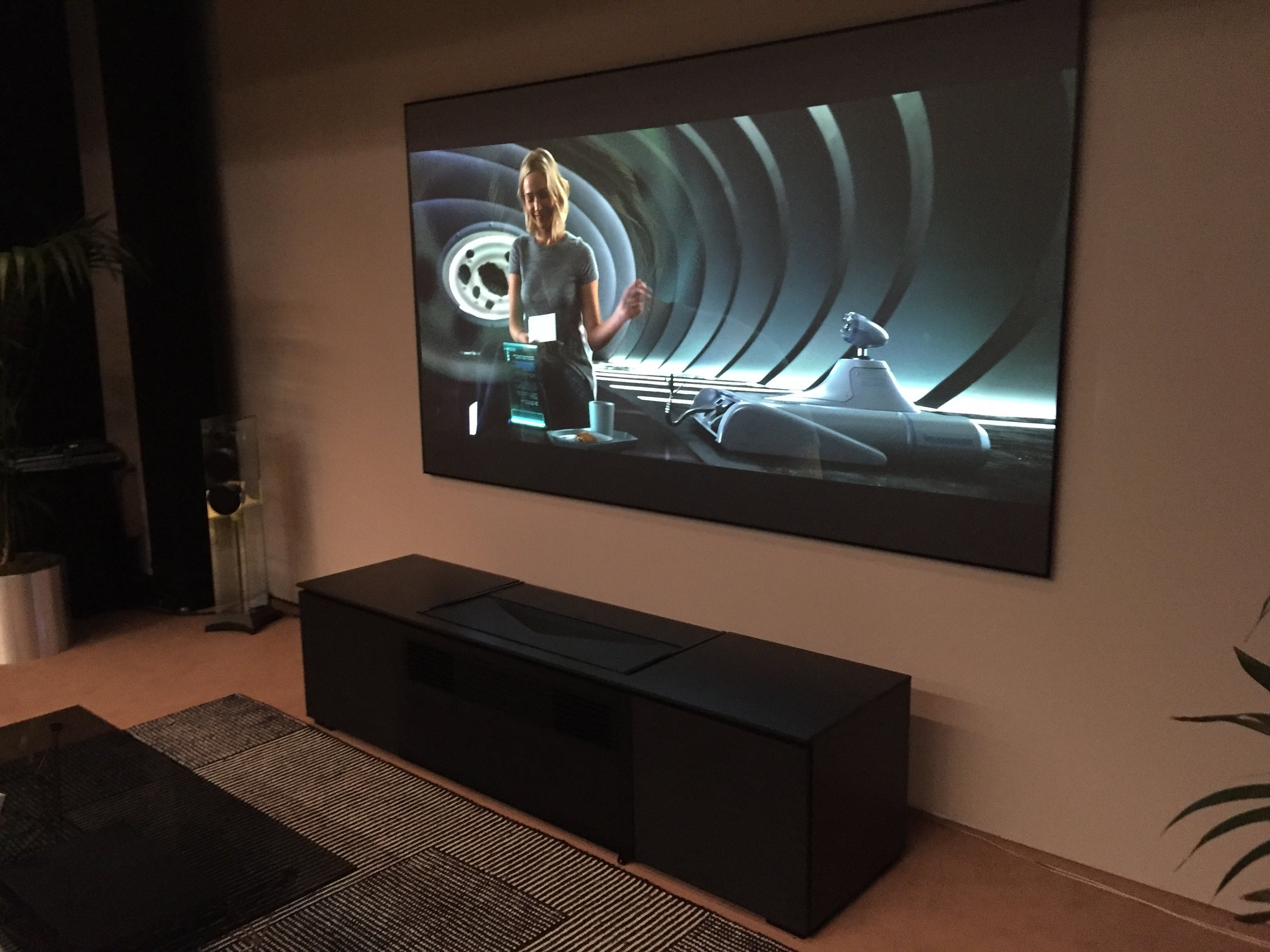 Sony's $25k Ultra Short Throw 4K projector