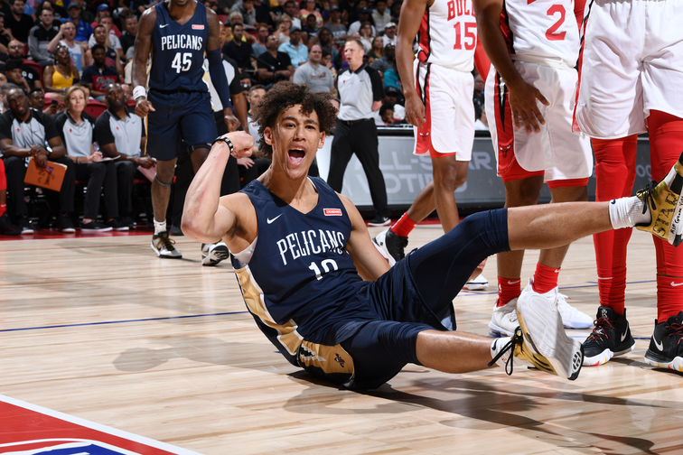 In his Summer League debut against the Bulls,  Jaxson Hayes  (10) threw down a dunk over Chicago's  Mychal Mulder . The play went viral, along with this picture of Hayes flexing after the high-flying score.