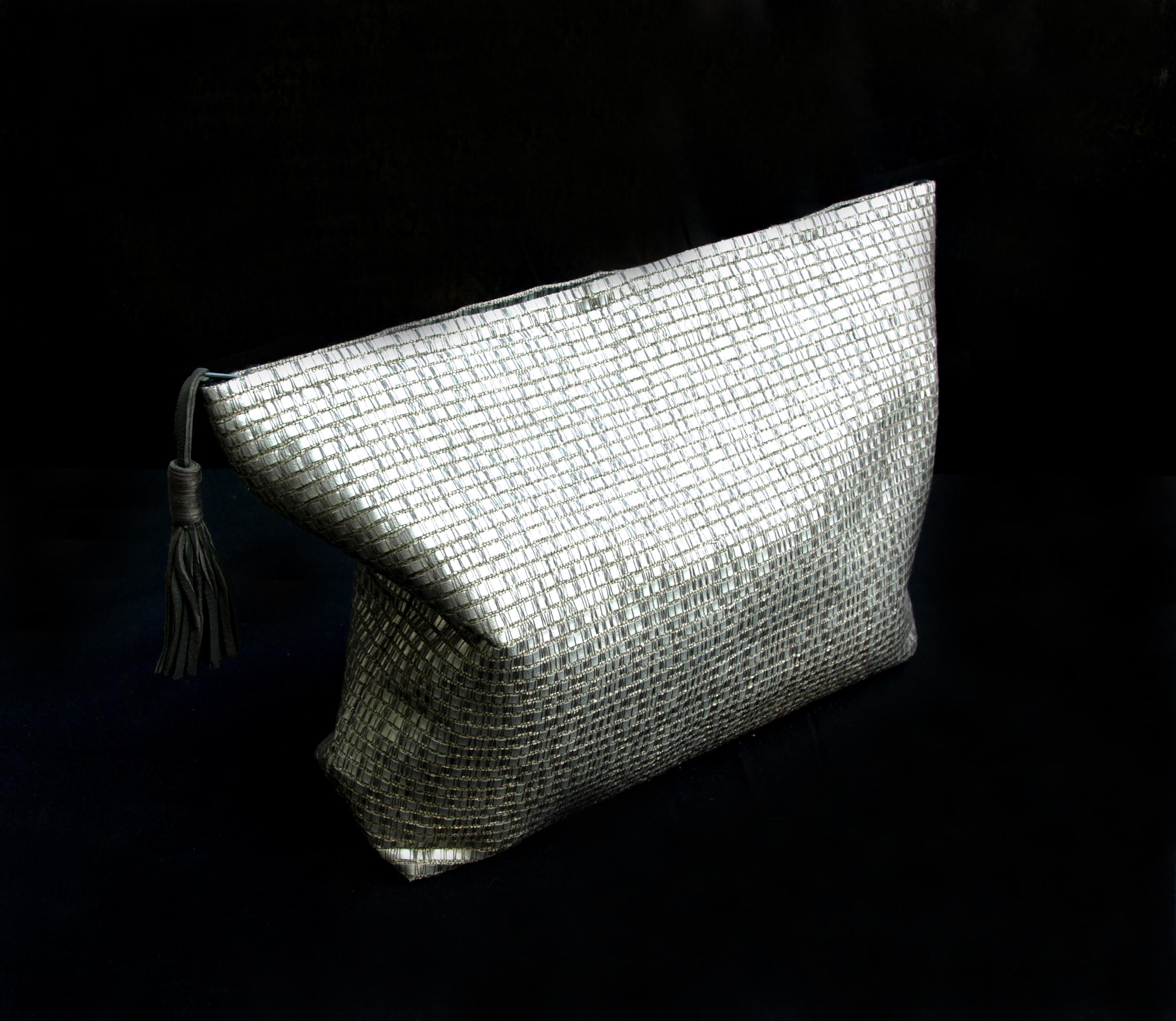 grey toiletry bag.jpg