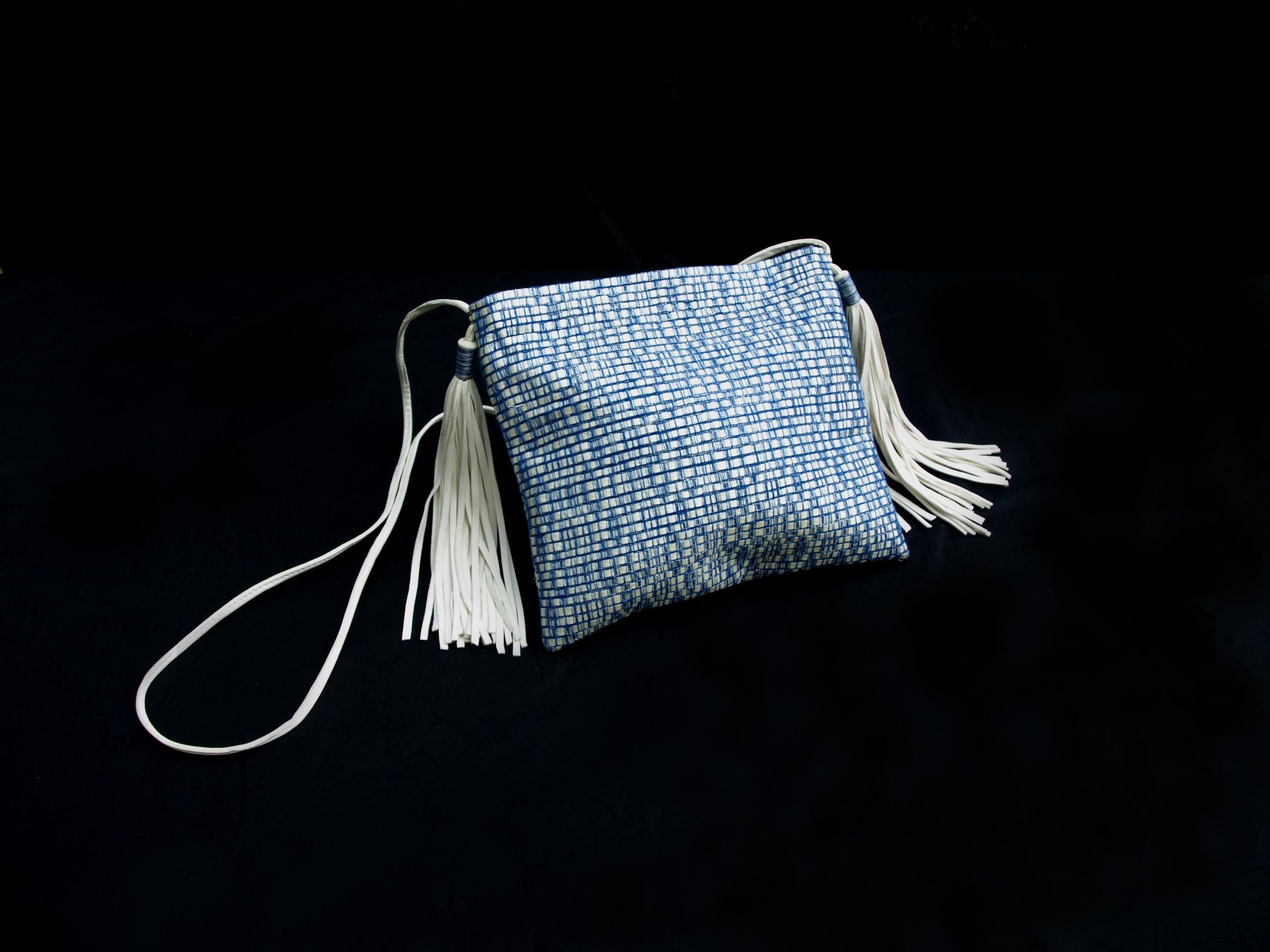 2 Pompons Bag 004