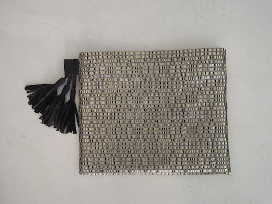 I - Three Pompons Clutch