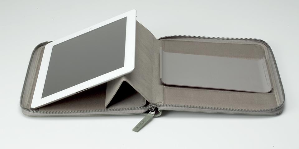 iPad side view 4.jpg