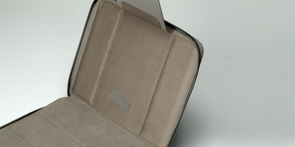 iPad side view 9.jpg