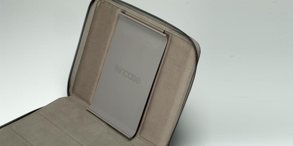 iPad side view 10.jpg