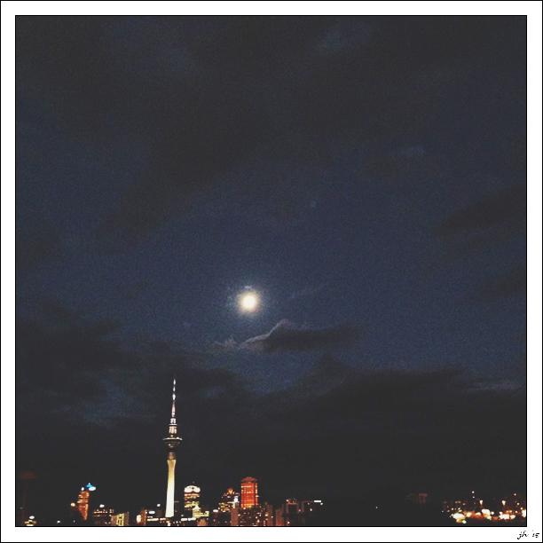 nightskylinei.jpg
