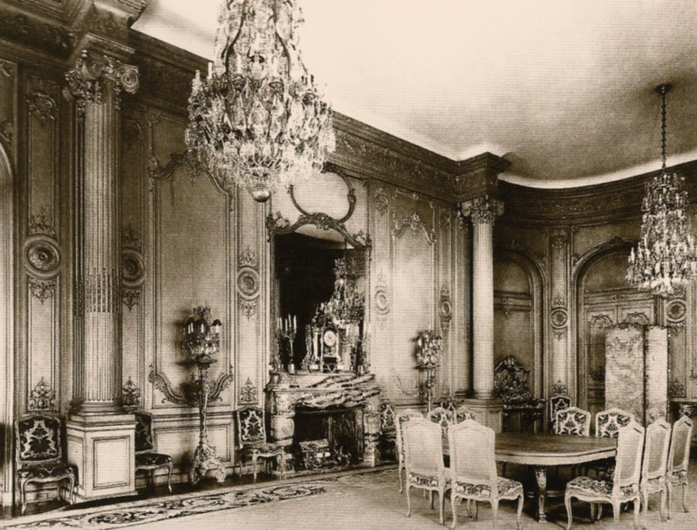 Mrs. cornelius vanderbilt's Louis XV dining room at 640 fifth avenue, New York