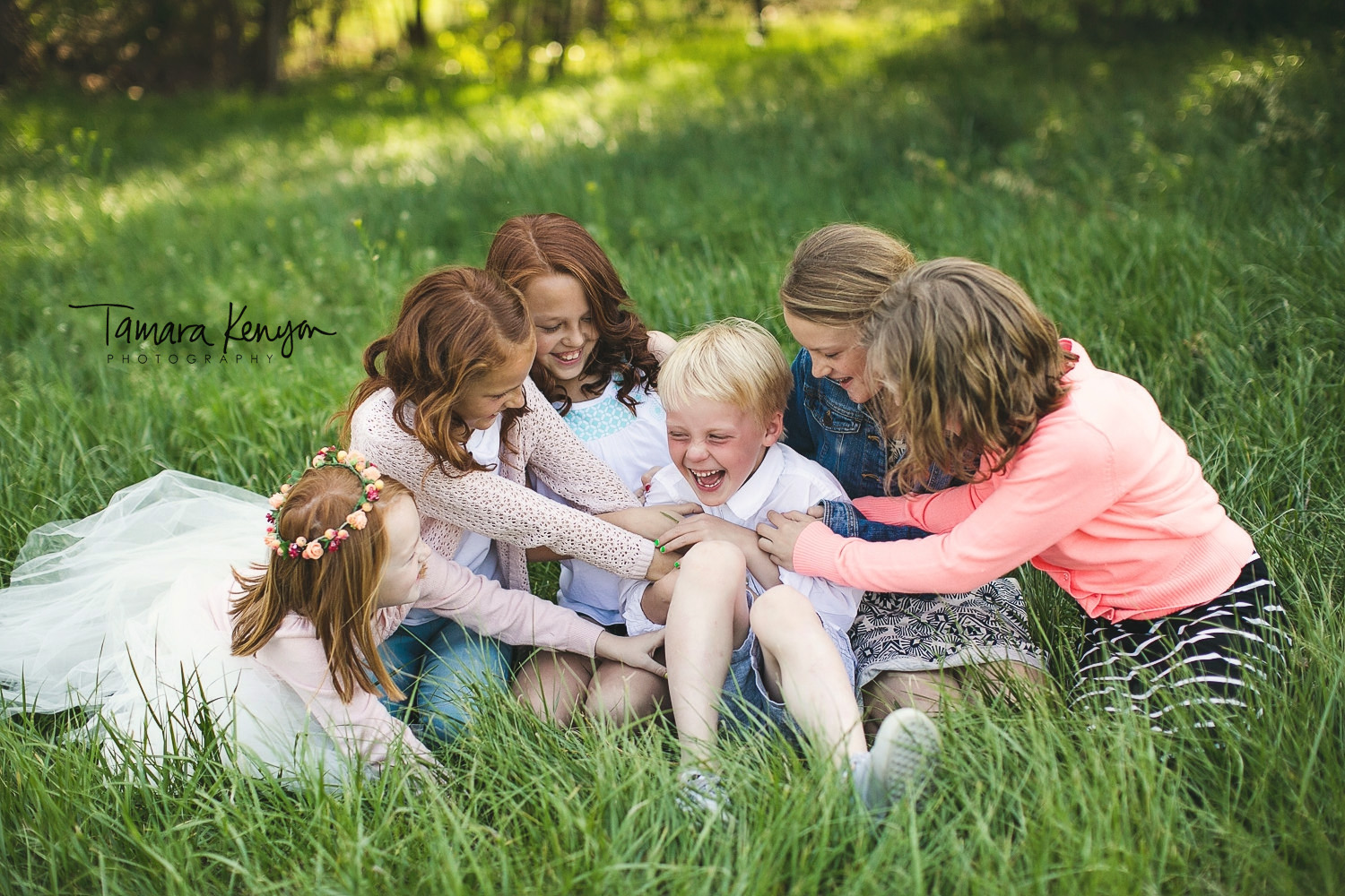 lifestyle family photographer in boise