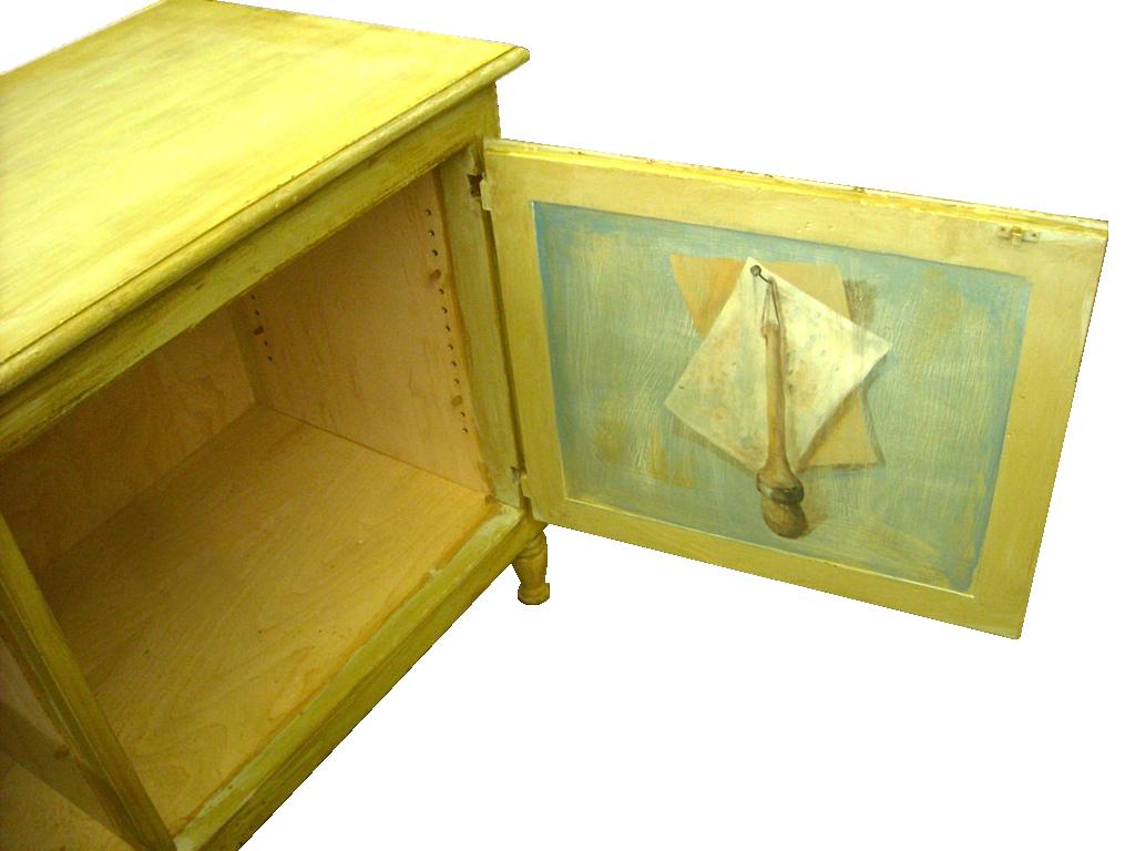 Yellow-Paintd-Bench-Open.jpg