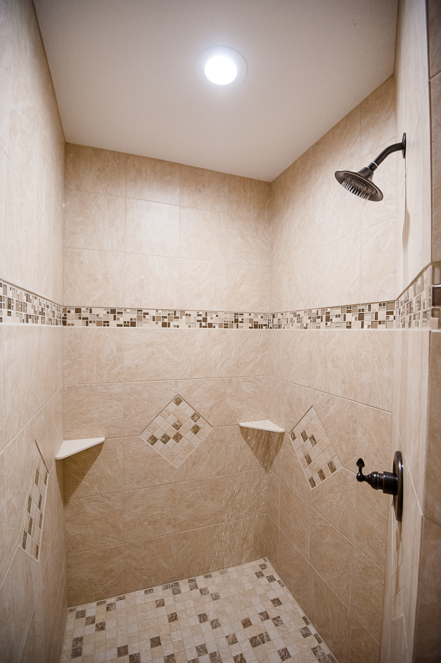 19 - Hoover house shower Satori 2014.jpg