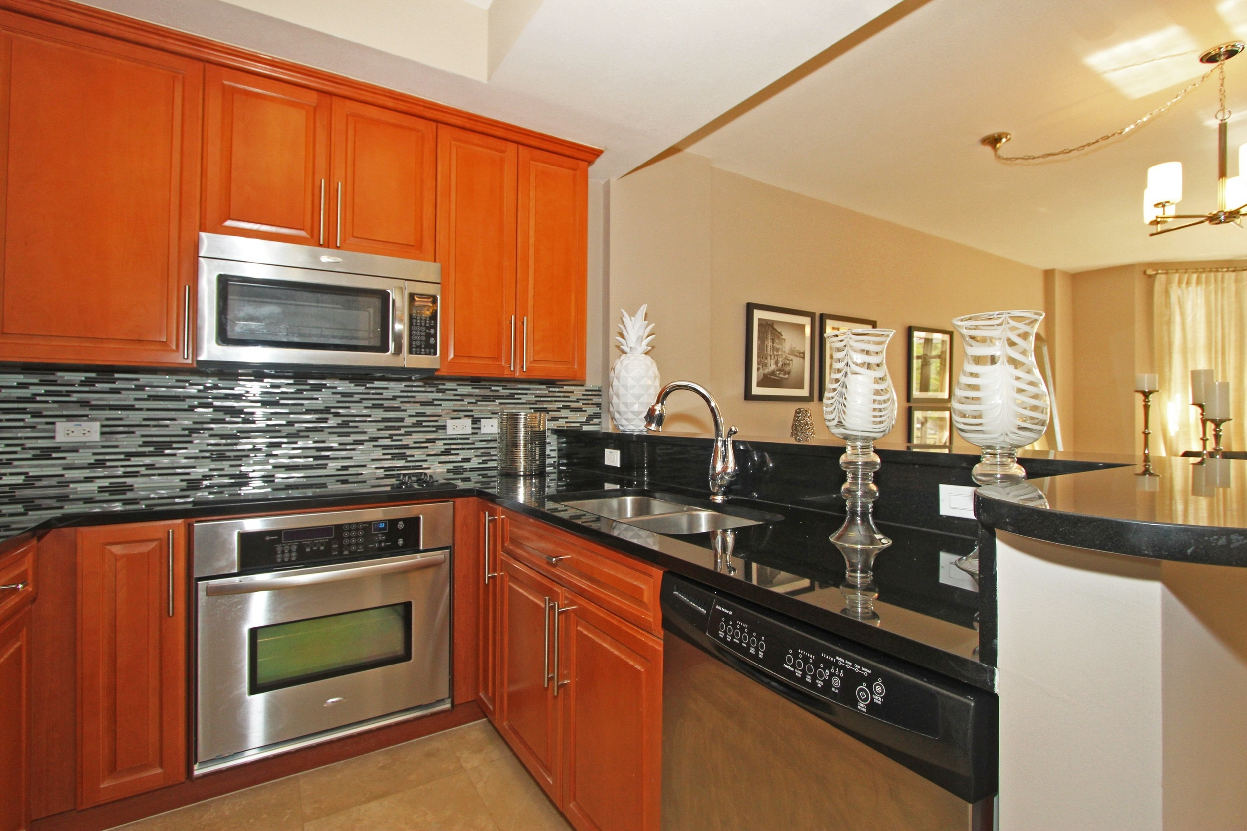 1650_galiano_st_th13_MLS_HID760832_ROOMkitchen.jpg