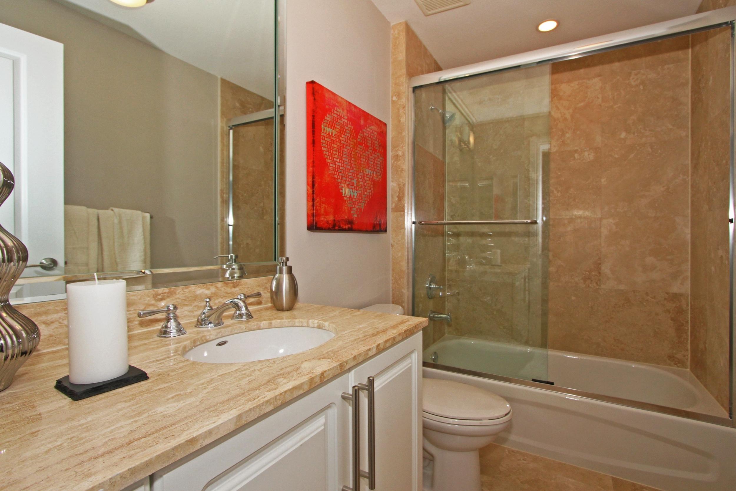 1650_galiano_st_th13_MLS_HID760832_ROOMbathroom1.jpg
