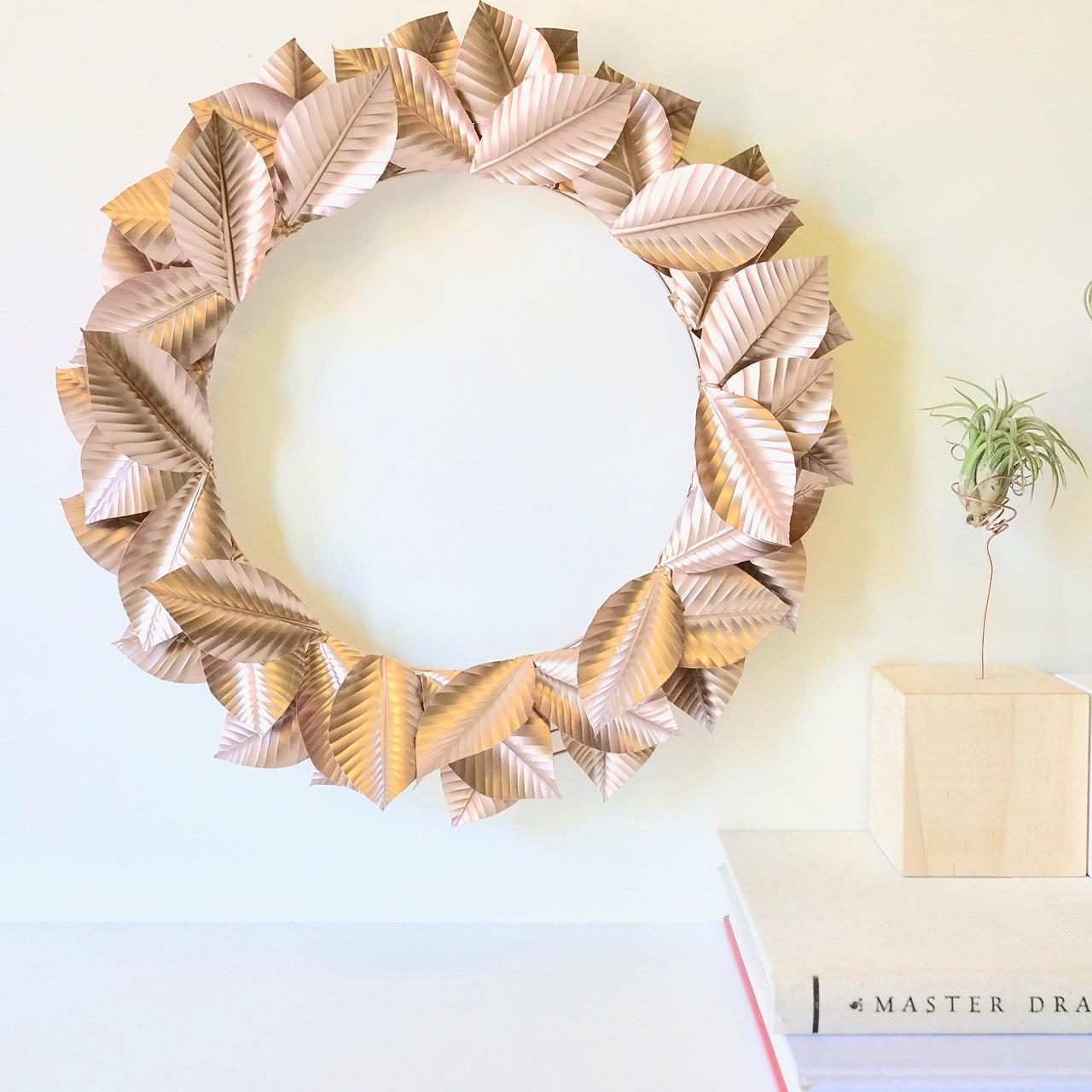 DIY Aluminum Wreath - Hunker.com