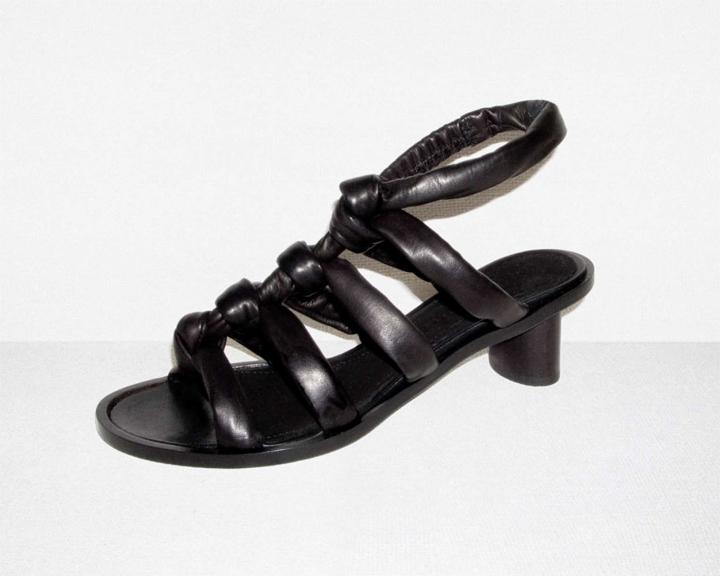 S11_tie sandal1 .jpg
