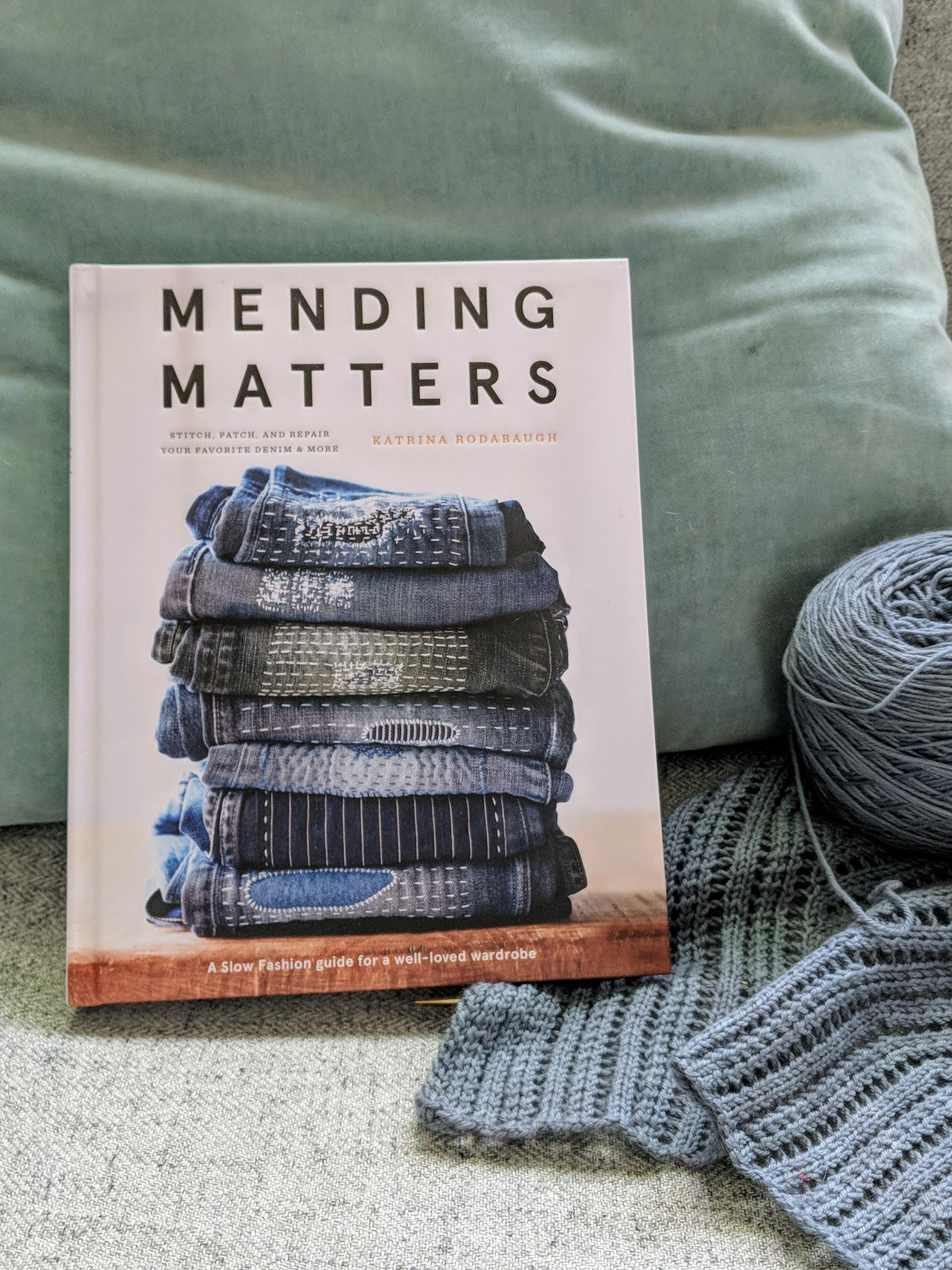 I pre-ordered  this book  by Katrina Rodabaugh   months ago and it arrived this week! Totally fantastic. I love it. I'm going to put a patch on a pair of jeans this weekend.
