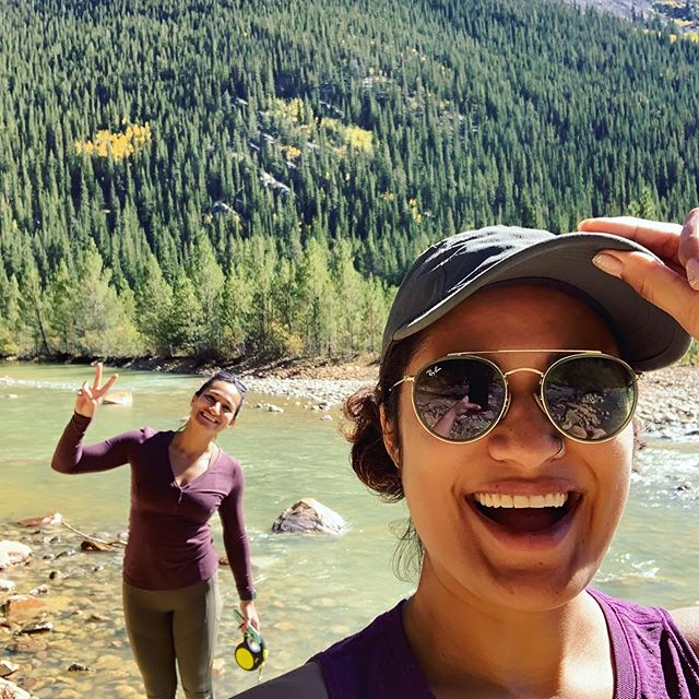 #bffforlyfe take me back to the sunny hikes, mountain breeze, and bright green aspen leaves. Gawwwwwd we had a magical time.  @kimchiyoga  #coloradomountains #themaroonbells