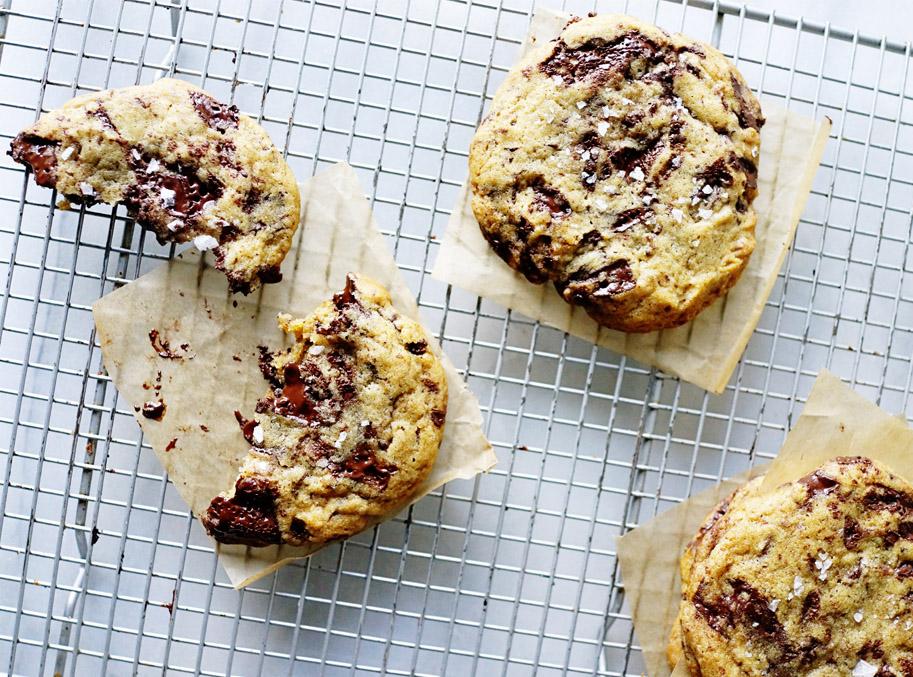 Recipe: Oh Yeah, Best Chocolate Chip Cookies  /  www.goodonpaperdesign.com/blog  /  @good_on_paper