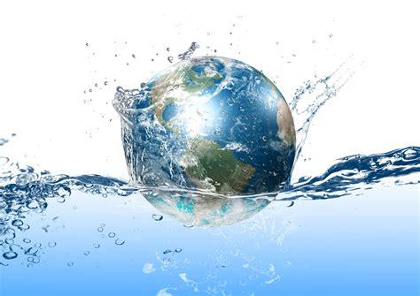 地球上的 - 地球表層水體構成了水圈,包括海洋、河流、湖泊、沼澤、冰川、積雪、地下水和大氣中的水。