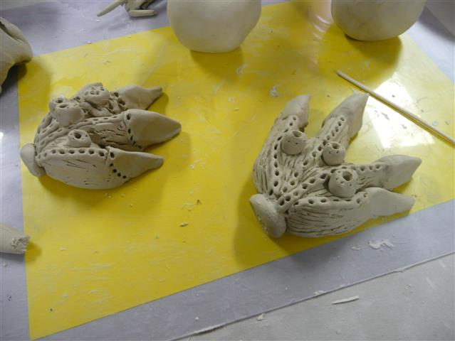 Borrowing Vipoo's decorative and joining techniques to make Percival's feet....