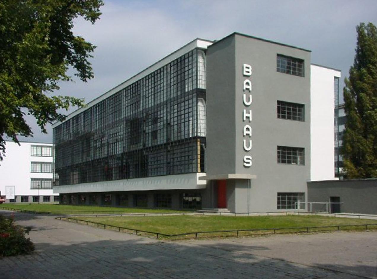 Walter Gropius,  Bauhaus , 1925, Dessau