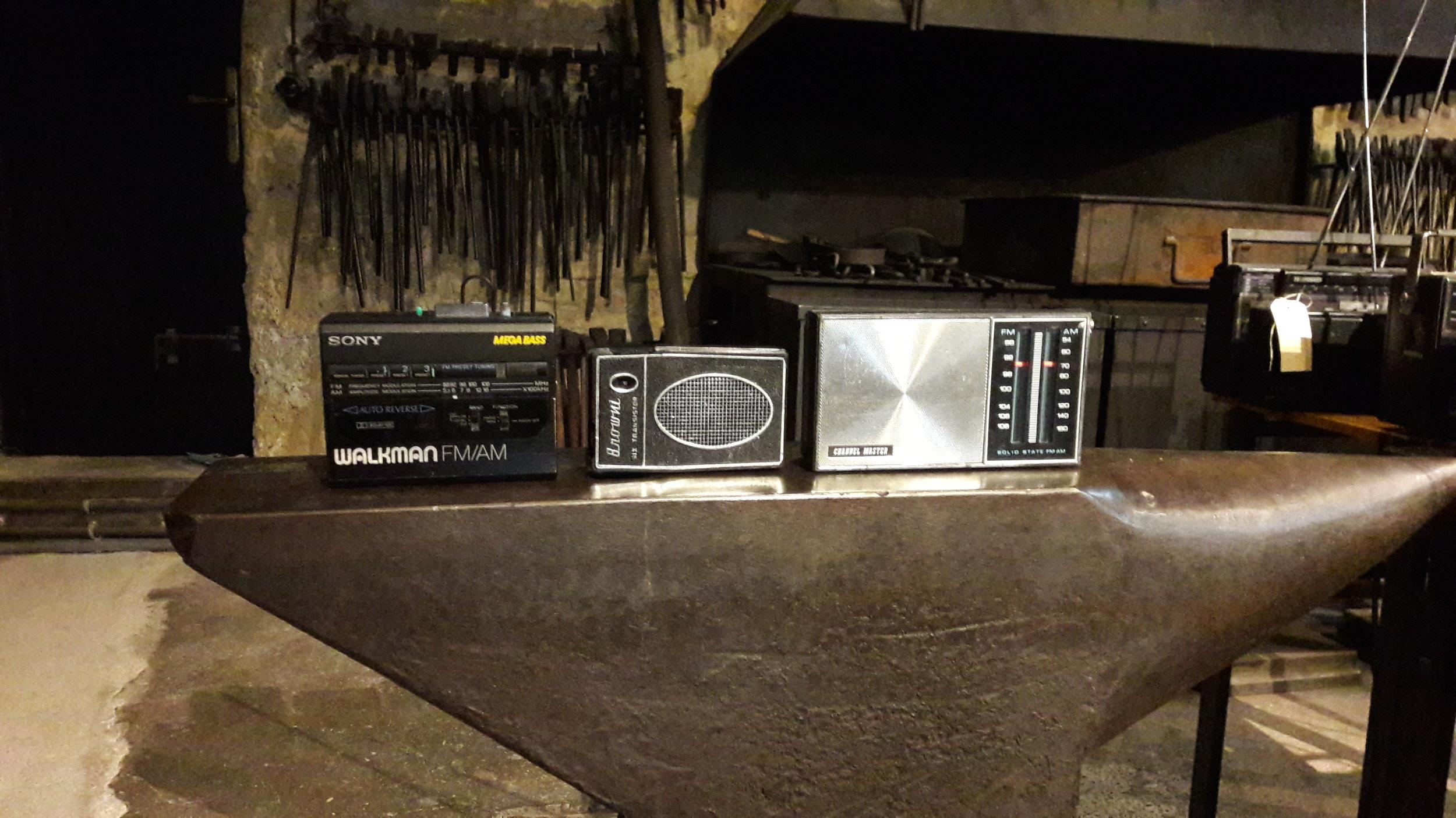 zuwachs. geschenkte radio apparate von radio lora