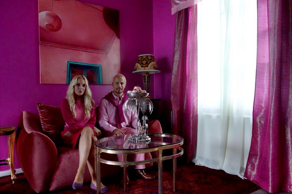 """Painting shown in the award winning music video of Karpe Diem """"Hvite menn som pusher 50""""  (winner of the Norwegian Spellemann Award, 2016, in the category best music video)"""