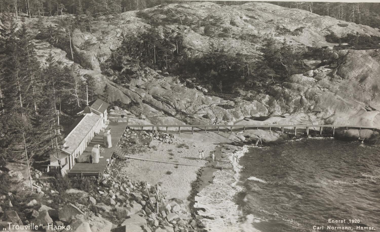 Herlig foto av Trouville. 1920. Bildet er hentet fra Nasjonalbibliotekets bildesamling Hankø, Fredrikstad, Østfold