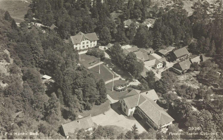 Hankø Bad fra en gang på 1920-tallet. Fotograf ukjent.