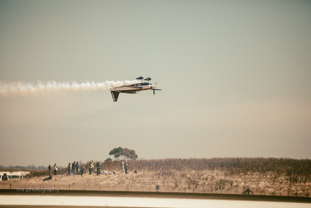Melissa Pemberton Edge 540 acrobatic aircraft Avalon Air show