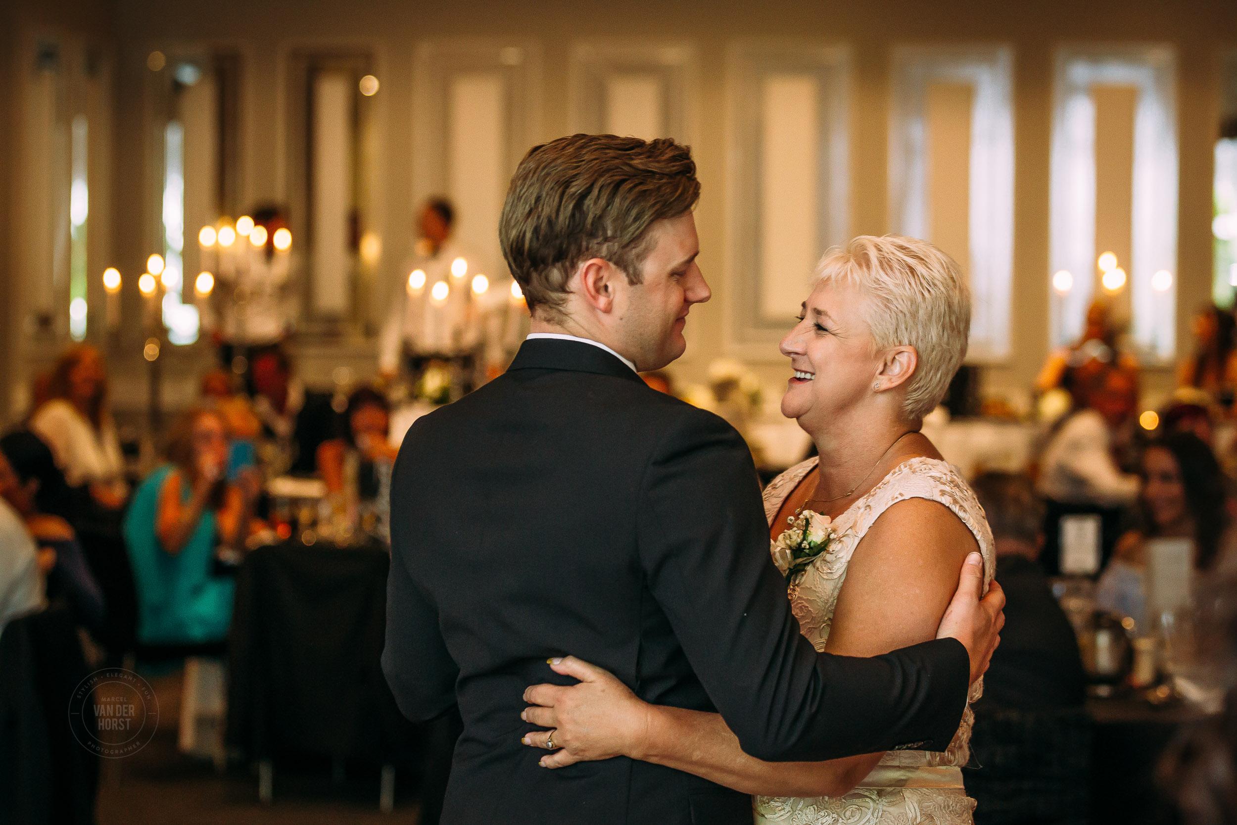 Melbourne-Wedding-Photographer-1054.jpg