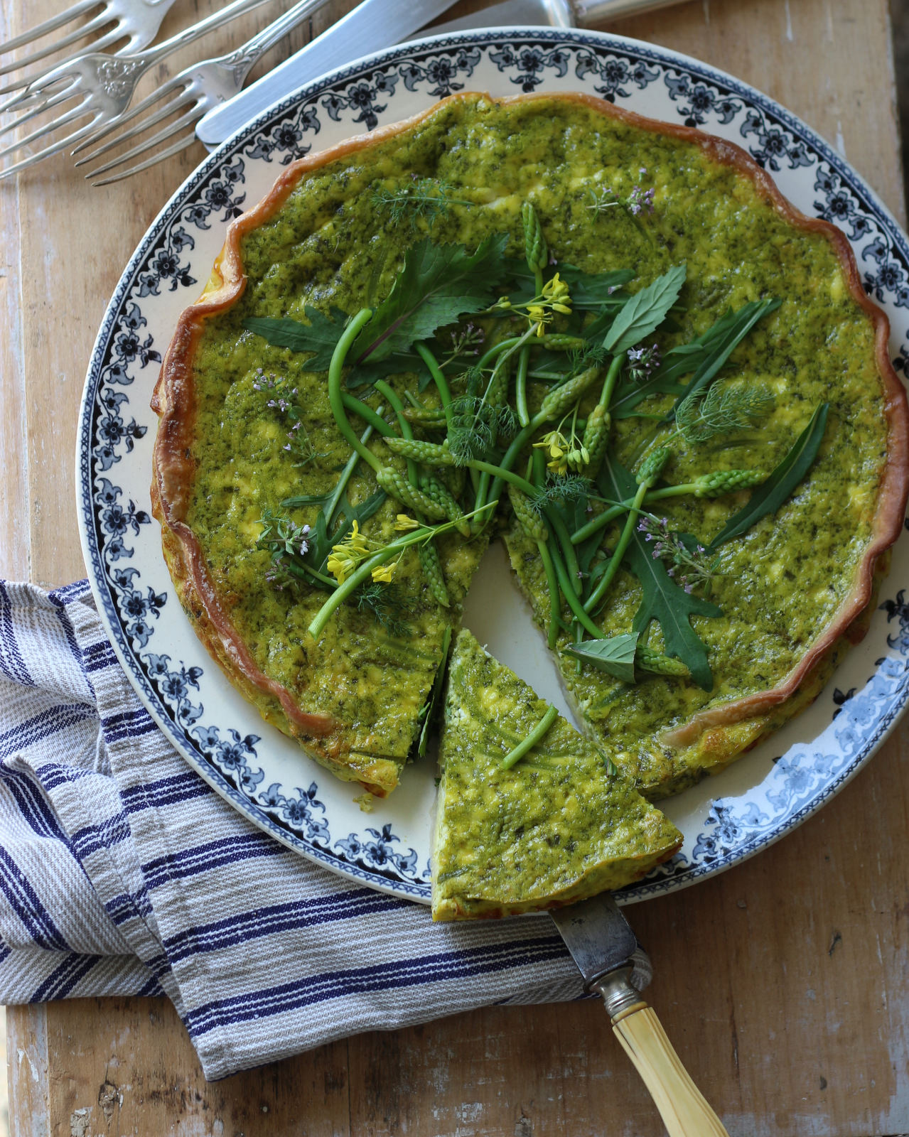 asparagus-quiche-rabbit-hill-lifestyle.jpg