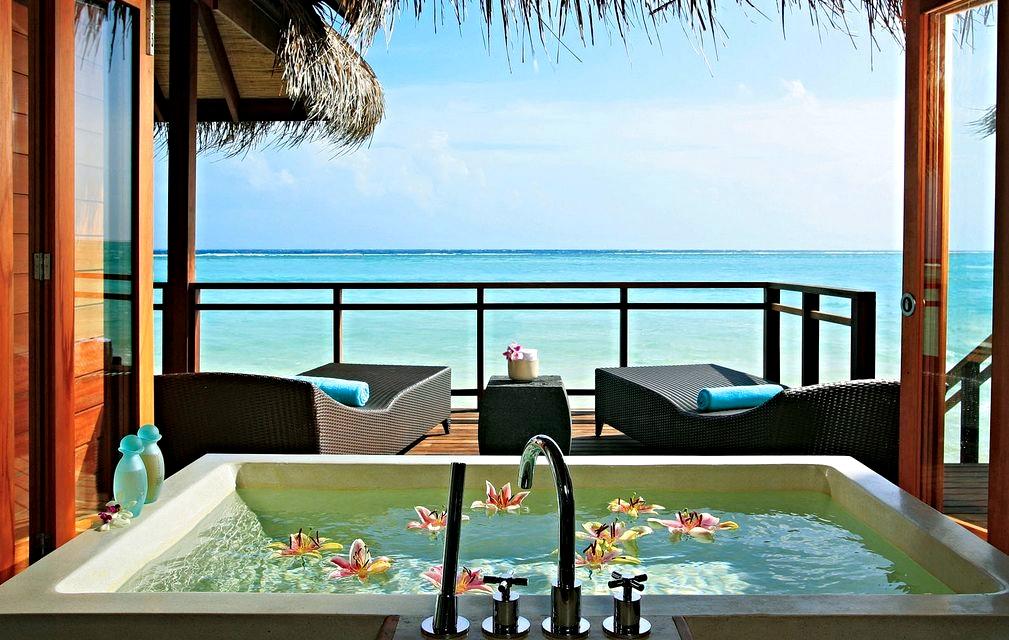 Lux* Maldives (5*)