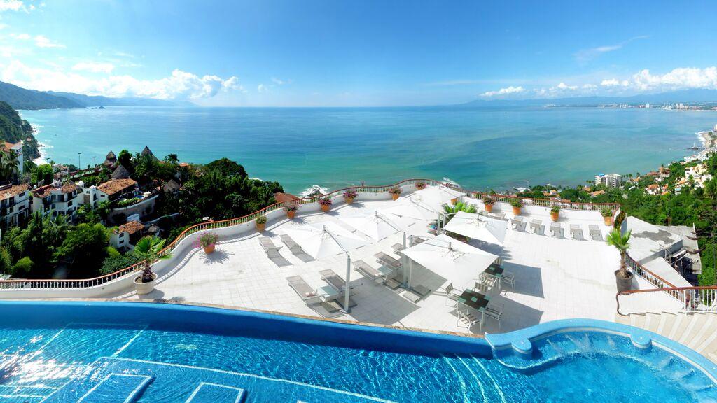 Grand Miramar Puerto Vallarta - A Perfect Hotel View in Puerto Vallarta Mexico4.jpeg