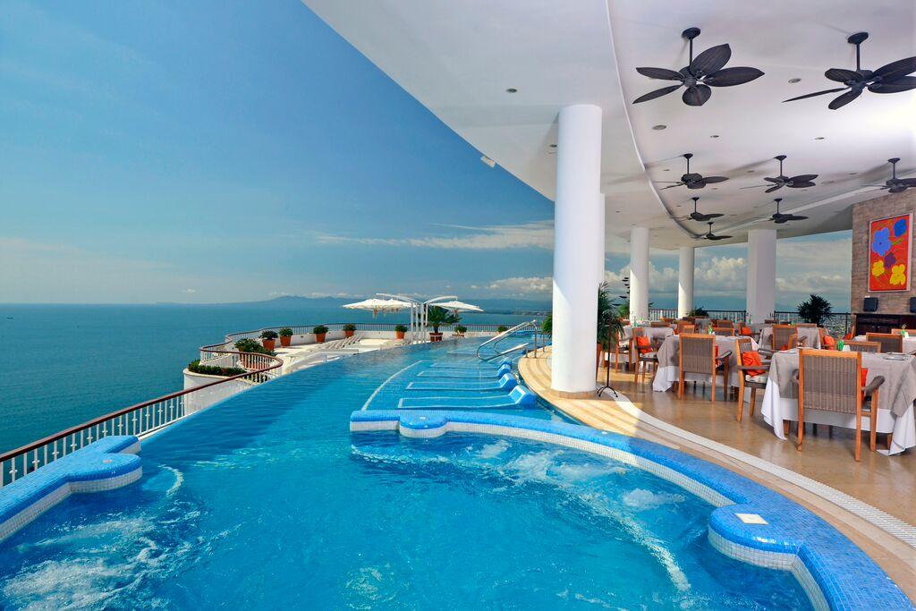 Grand Miramar Puerto Vallarta - A Perfect Hotel View in Puerto Vallarta Mexico3.jpeg