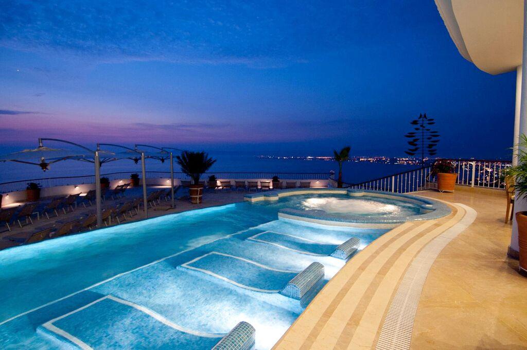 Grand Miramar Puerto Vallarta - A Perfect Hotel View in Puerto Vallarta Mexico1.jpeg