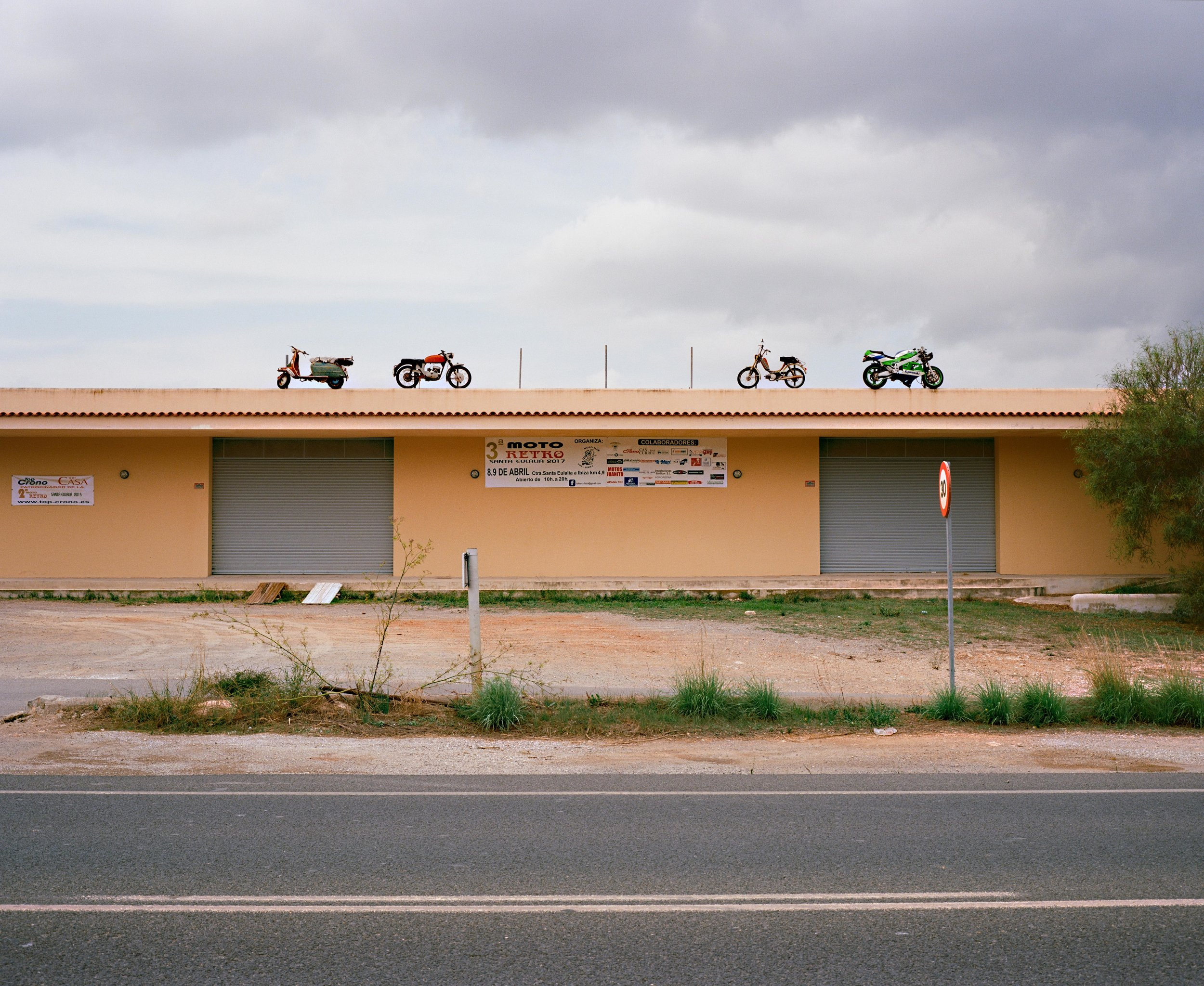 motorsbikes1 web.jpg