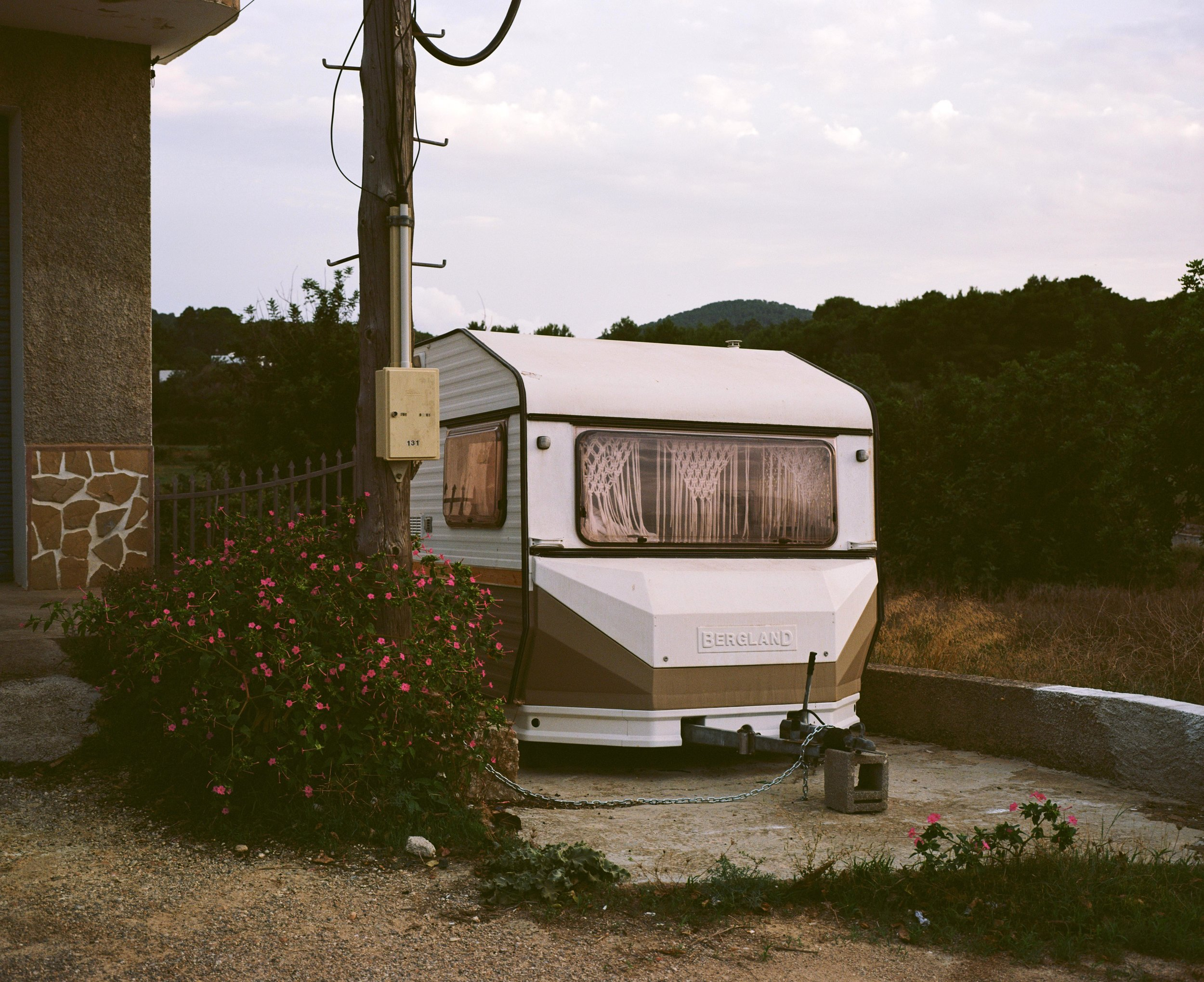 caravan1 web.jpg
