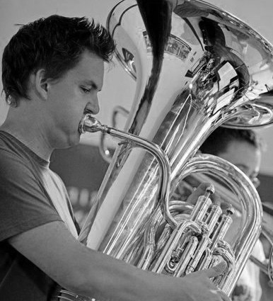 Robert Graham-White (tuba)