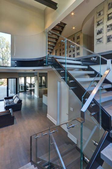 Kentbury Stairs.JPG