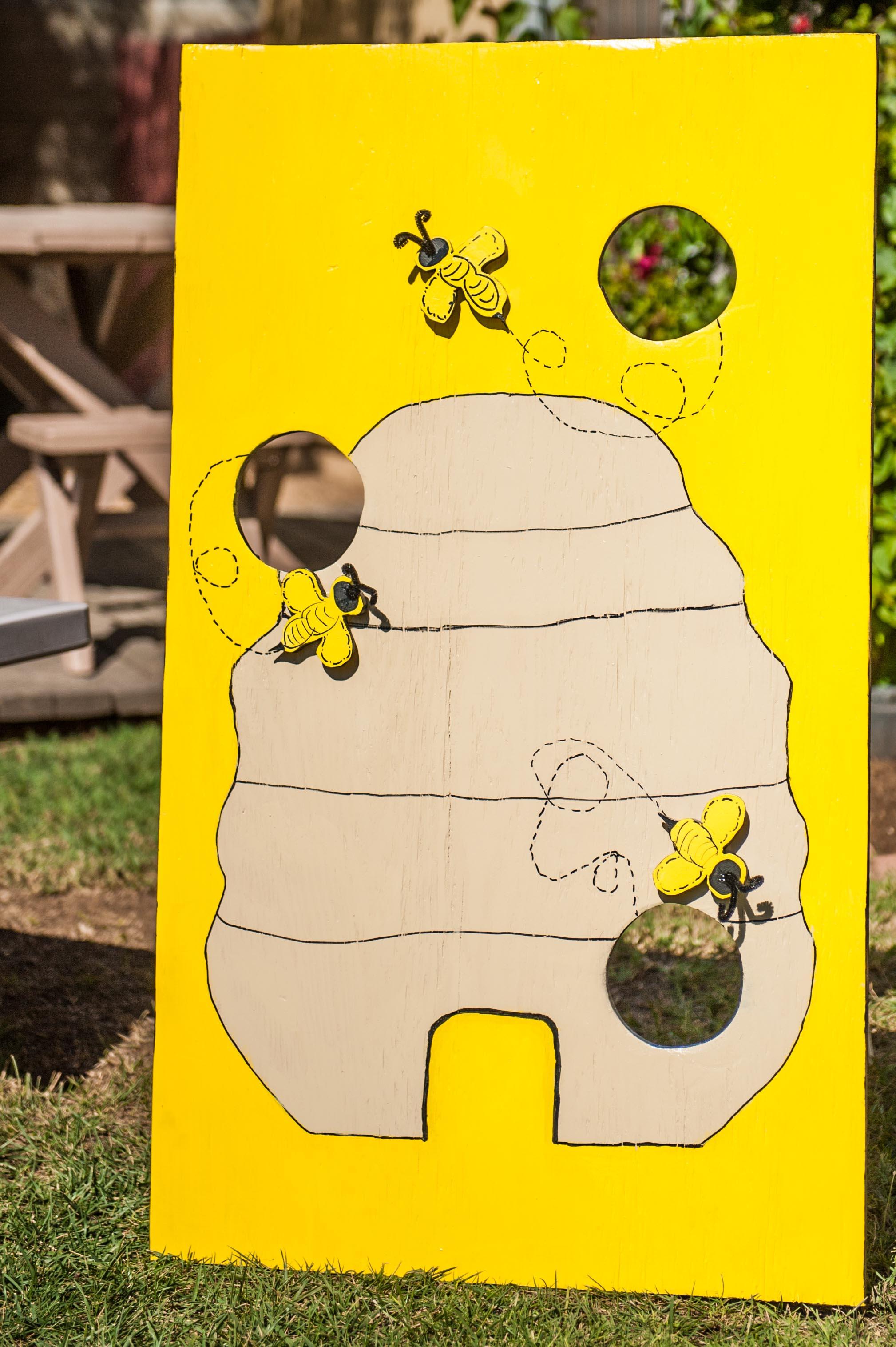 Fun to Bee one Bean Bag Game