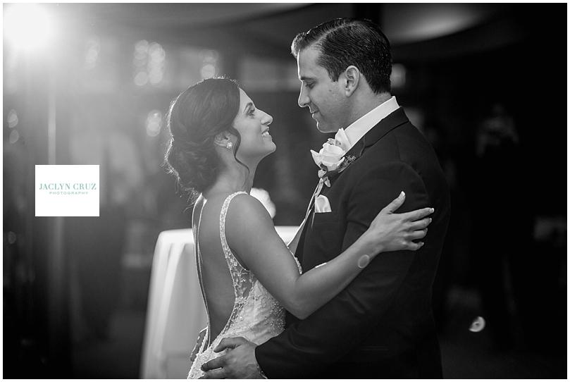jaclyncruzphotography_boardmanwedding_calamigosranch_23.jpg