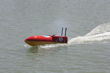 http://www.abcnews4.com/story/19176976/remotely-operated-boats-right-into-the-eye-of-the-storm