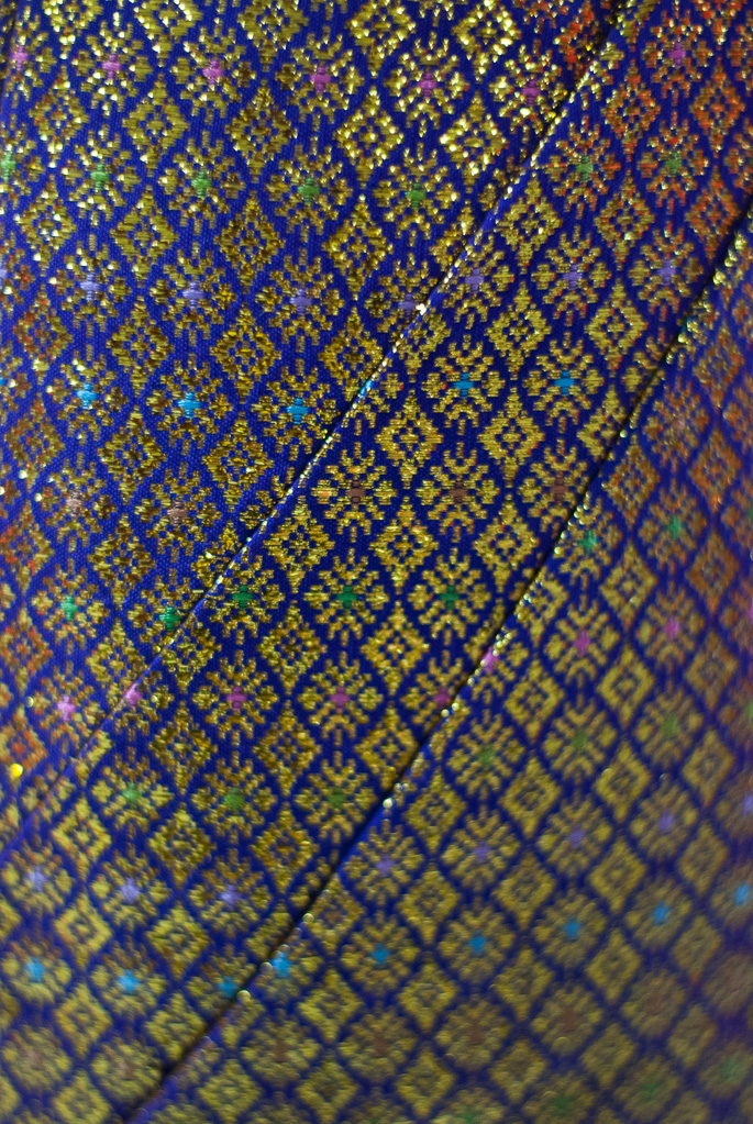 Up close and personal with Thai silk, Chokdee Fabric Shop, Nakhon Si Thammarat City