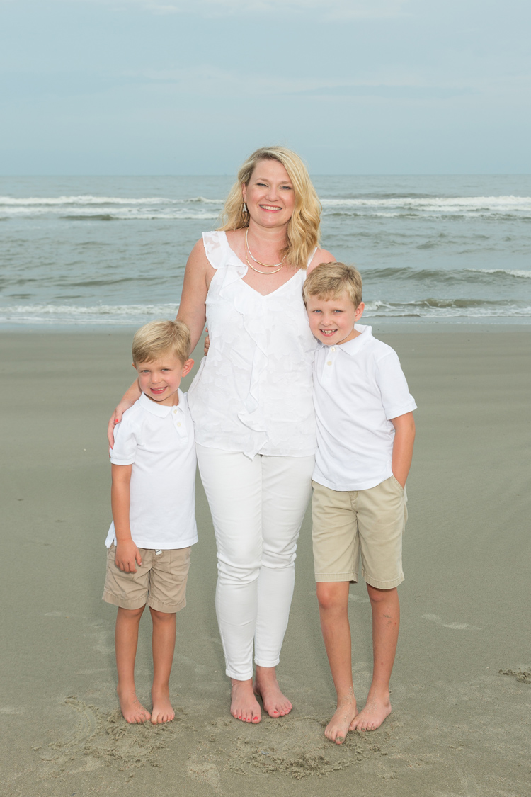 Isle_Of_Palms_Family_Photographer_02.jpg