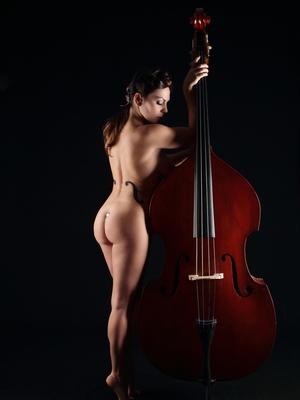 albadoro-roma-milano-agenzia-burlesque-02.jpg