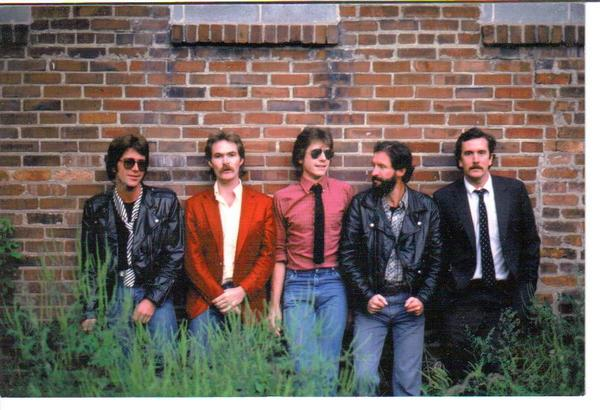 500 Men, 1983
