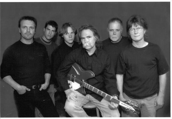 Rob Jackson and the Diehards, 2001, L-R: Greg Floyd, Ryan Thomas, Willie Dyer, Rob Jackson, Don Wirth, Danny Summerville
